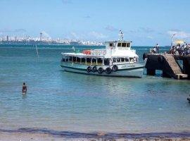 [Travessia Salvador-Mar Grande tem embarque tranquilo e saídas a cada meia hora]
