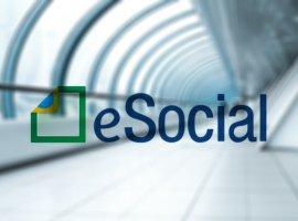 [Empresas com funcionários devem aderir ao eSocial até julho]