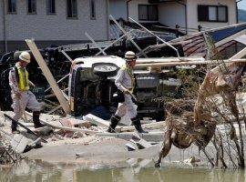[Subiu para 175 o número de mortos e 87 estão desaparecidos no Japão]