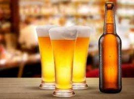 [Homem pede R$ 50 mil de indenização a cervejaria após achar objeto]
