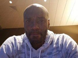 [Após desabafo na web, ex-jogador de basquete é encontrado morto]