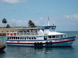 [É tranquilo fluxo de embarque na travessia Salvador-Mar Grande]