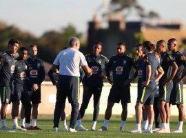 [Seleção Brasileira treina em Londres para jogo contra a Arábia Saudita]