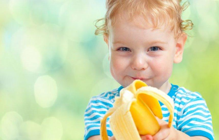 [Eis as 3 melhores frutas para oferecer primeiro ao bebê: nutricionista ensina]