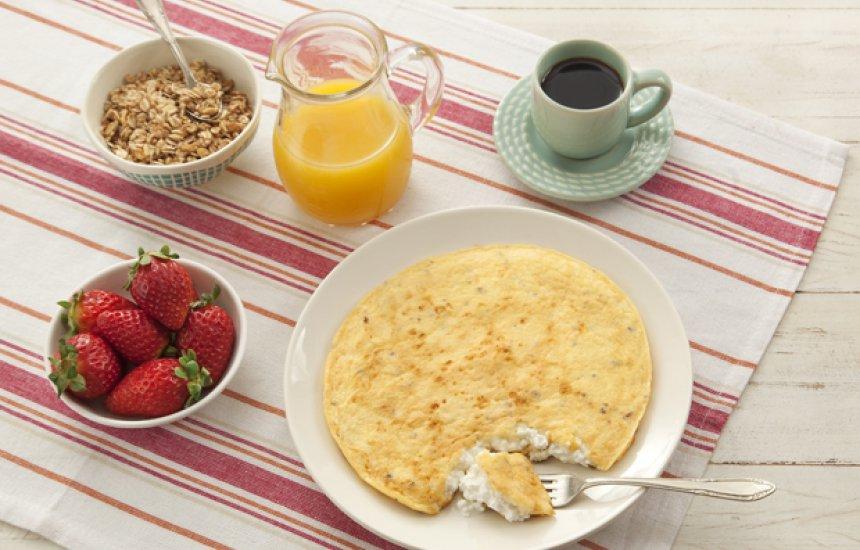 Pós-treino: veja como preparar crepioca de cottage em dez minutos