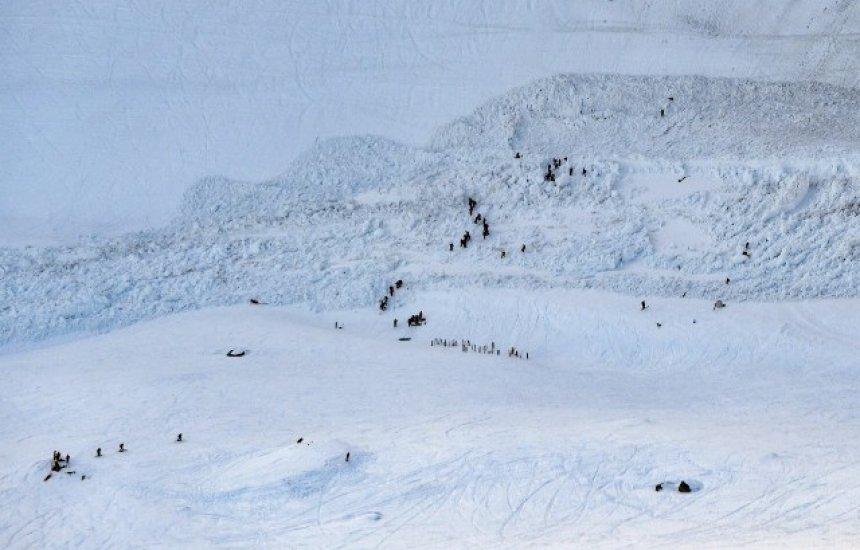 Avalanche atinge esquiadores em estação na Suíça; há feridos