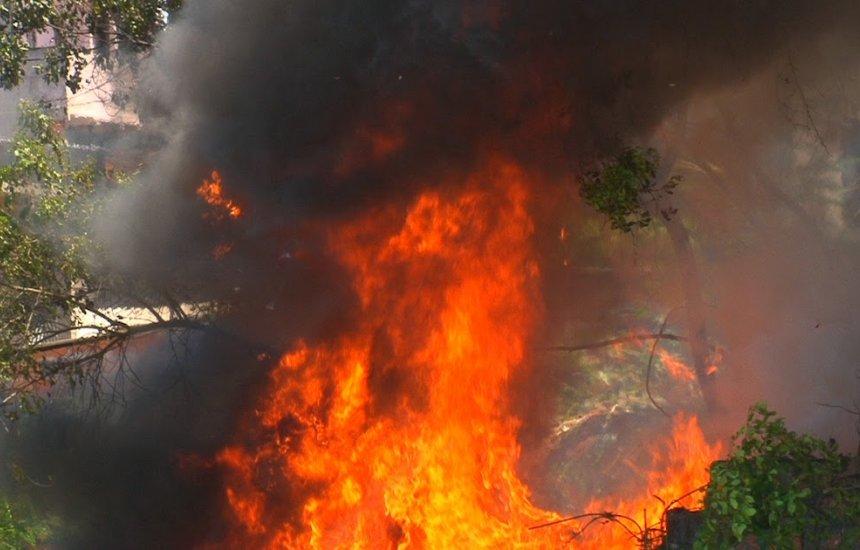 [Incêndio em Camaçari nesta sexta. Vejam outros locais que podem pegar fogo]