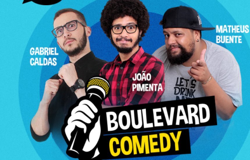 [Stand Up Comedy anima visitantes no Boulevard Shopping Camaçari]