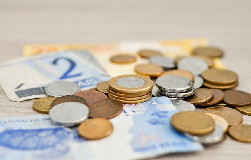 [Resta só 1 semana para sacar abono do PIS; veja se tem direito a até R$ 998]