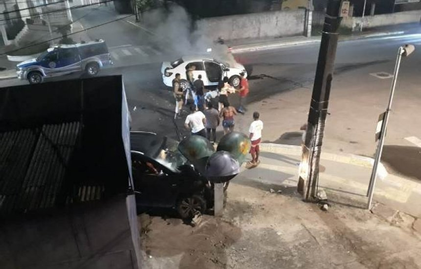 [Leitora relata acidente entre dois carros na Radial A]