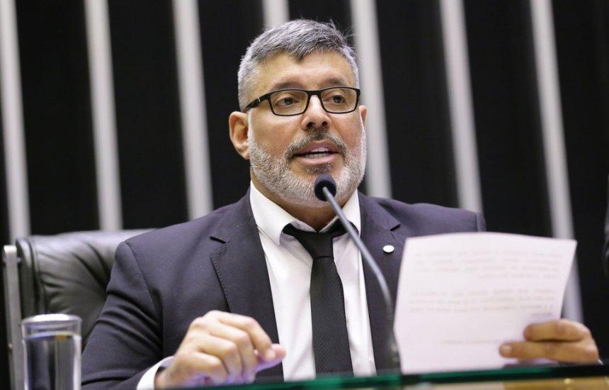 [Alexandre Frota é expulso do PSL após críticas a Bolsonaro]