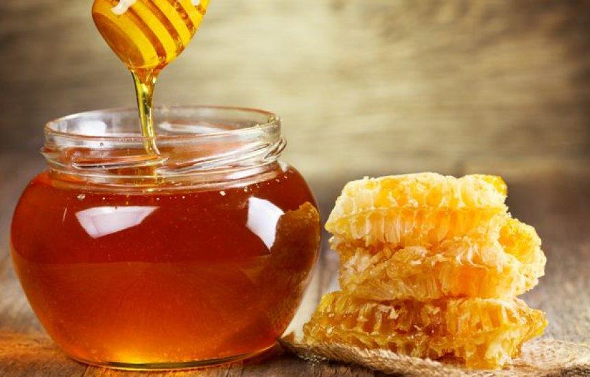 [Veja os benefícios de consumir mel regularmente]