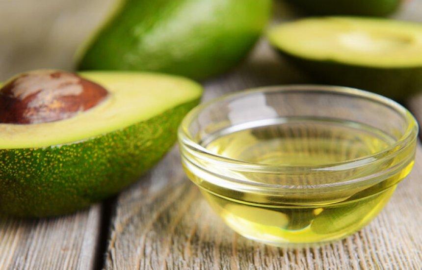 [Azeite de abacate reduz colesterol de forma imediata e tem mais 3 benefícios]