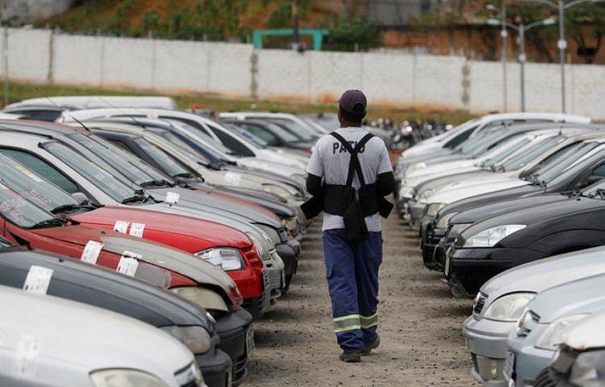 Leilão da Transalvador reúne mais de mil lotes de veículos
