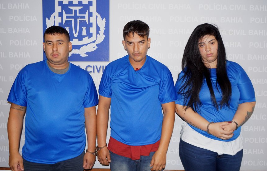 Estelionatários que aplicavam golpe em idosos são apresentados pela polícia