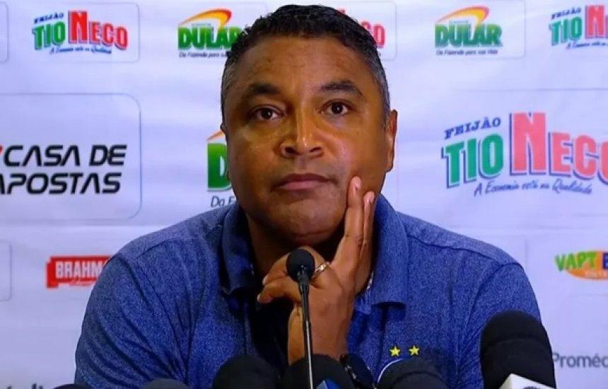 [Deputado propõe título de cidadão baiano para técnico do Bahia]