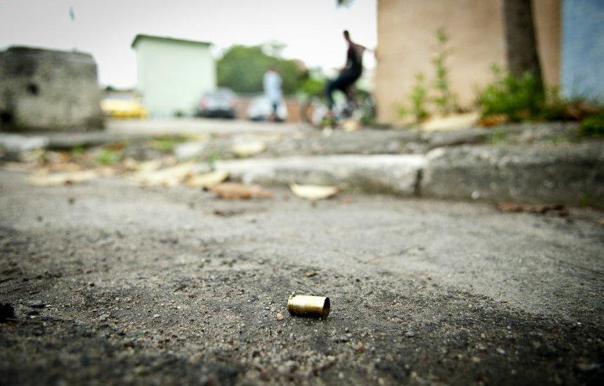 [Mulher de 25 anos é executada a tiros em Camaçari]
