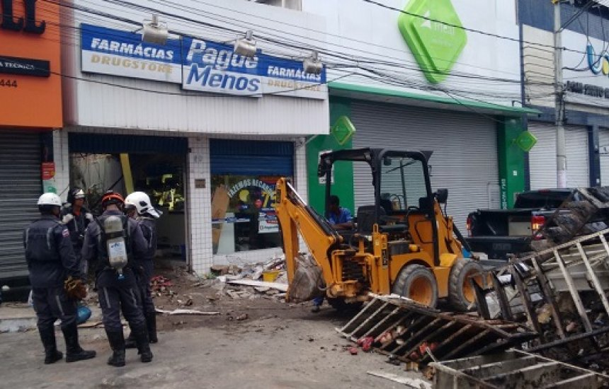 [Justiça absolve gerente da farmácia Pague Menos onde deixou 10 pessoas mortas]