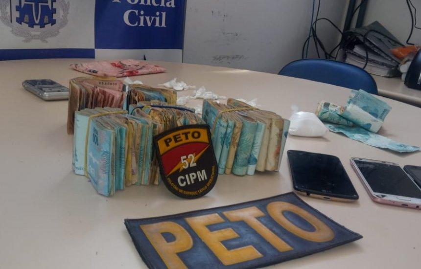 [Traficante é capturada com R$ 33 mil em espécie e drogas em Lauro]