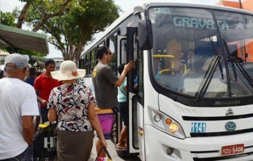 [Profissional de saúde reclama de falta de transporte público em Camaçari]