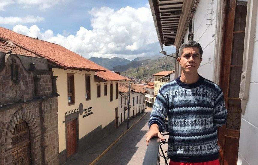 [Baiano é impedido de voltar ao Brasil e fica preso em hostel após casos de coronavírus]