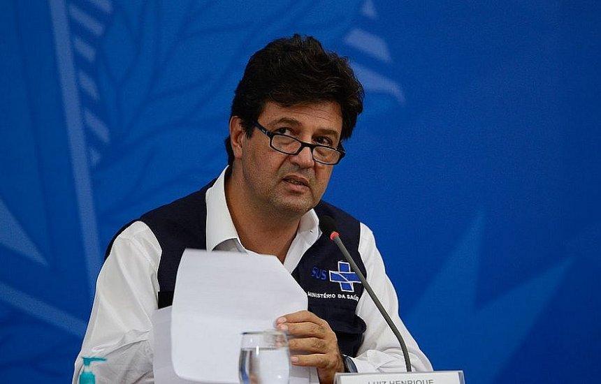 [Bolsonaro tentou alterar bula da cloroquina, denuncia Mandetta]