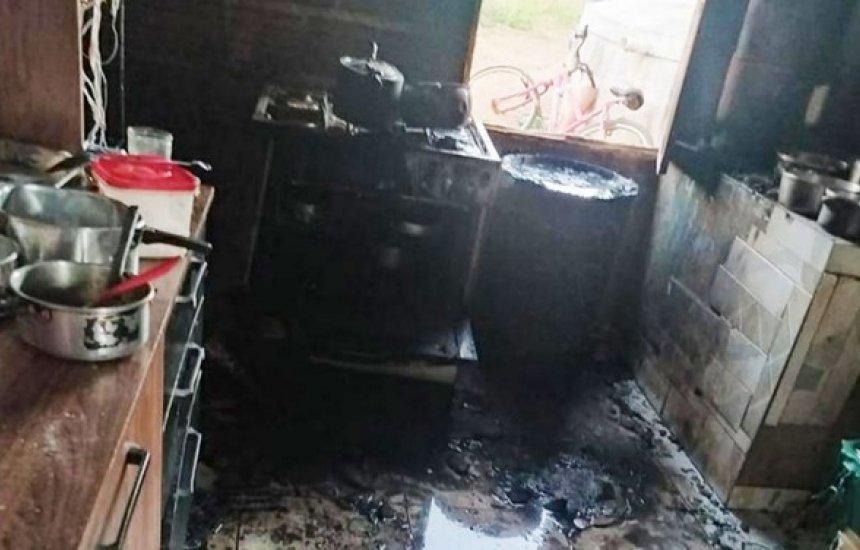 [Criança morre após explosão de botijão de gás dentro de casa em Brumado]