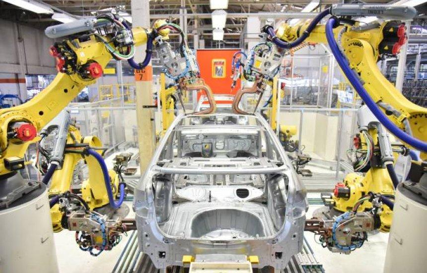 [Montadoras veem retomada só em 2025; demissões aumentam no setor]