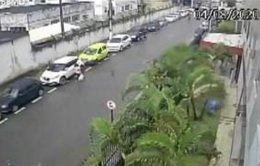[Mulher tem moto roubada e recebe ligação de homem pedindo R$ 800 pelo resgate do veículo]