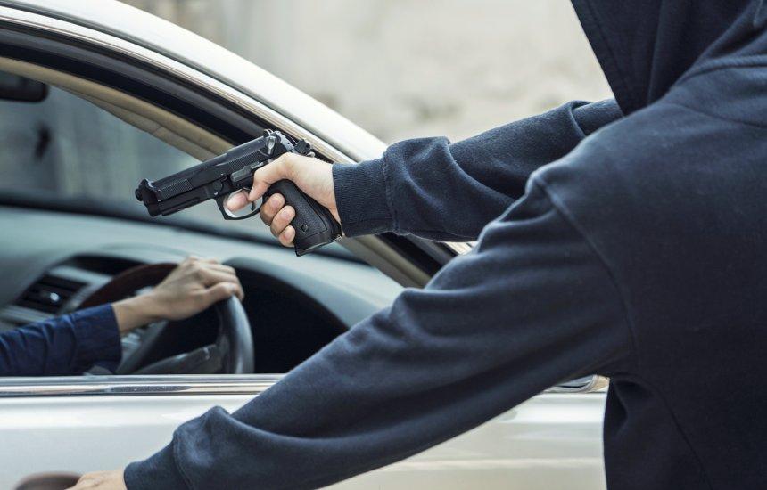 [Polícia registra roubo de carro FOX no município de Camaçari]