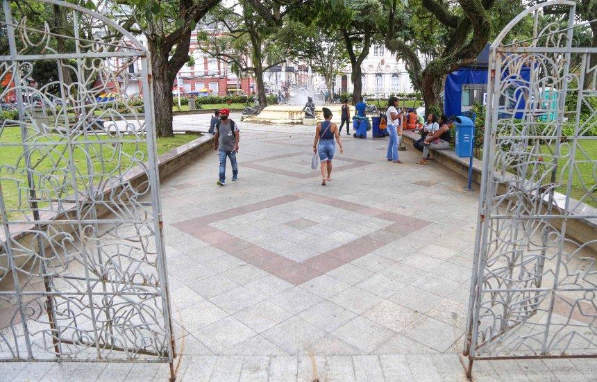 [Praças de Salvador são reabertas nesta segunda após seis meses fechadas]