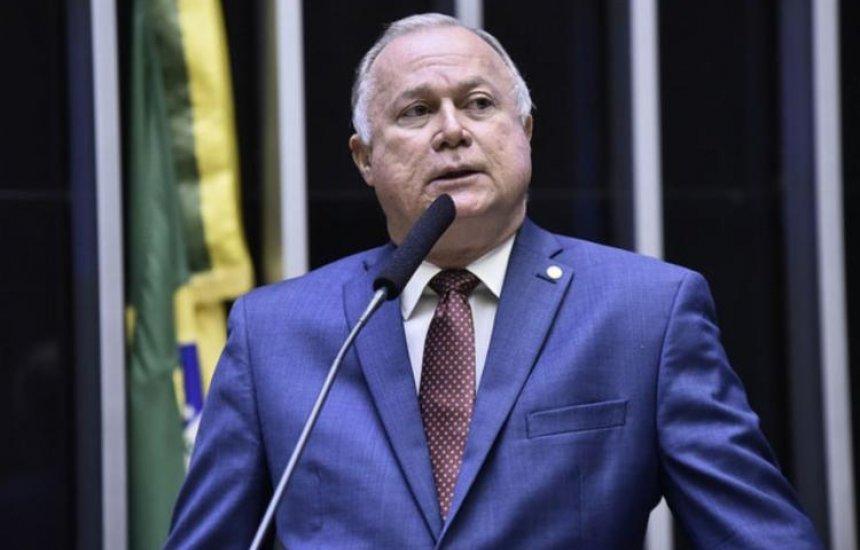 [Bolsonaro indica Paulo Azi para vice-líder do governo na Câmara]