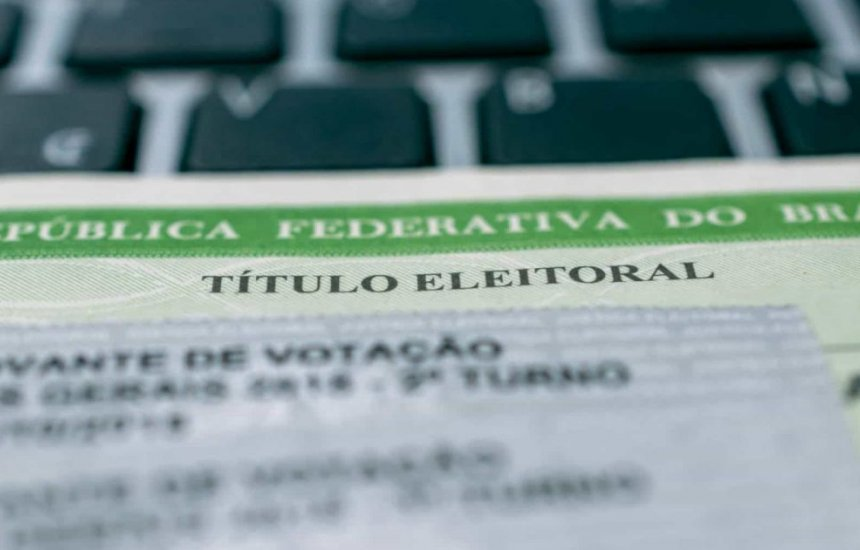 [Falta de justificativa por não votar impede expedição de documentos]