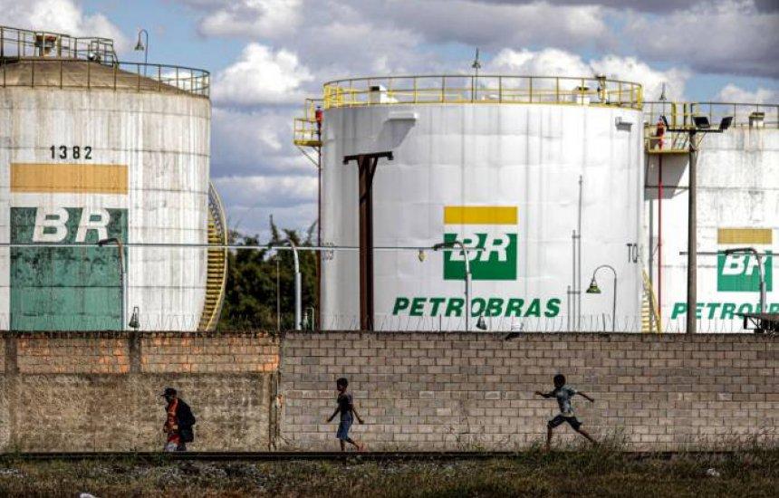 [Petrobras eleva preços do diesel e gasolina ao maior nível em 3 meses]