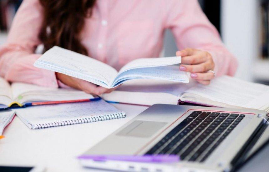 [Secretaria da Educação da Bahia e Rede ENEM oferecem curso preparatório gratuito para estudantes]