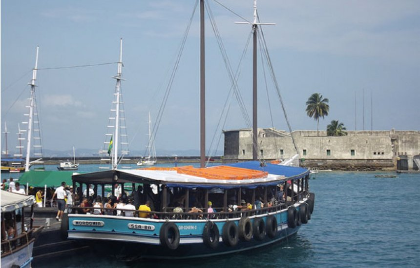 [Travessias para Mar Grande tem fluxo intenso no retorno da Ilha de Itaparica]