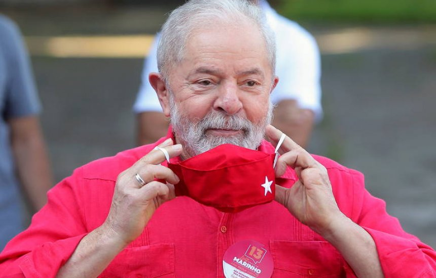 [Com Lula elegível, PT negocia apoio a partidos de centro para 2022 nos estados]