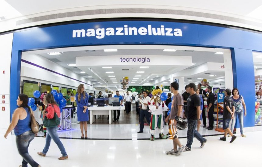Magalu lança cartão de crédito sem anuidade e com cashback para o seu SuperApp
