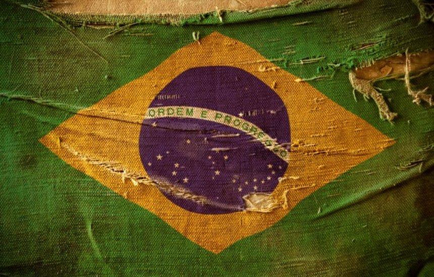 [Brasil volta a passar a Índia em mortes diárias por covid, diz site]