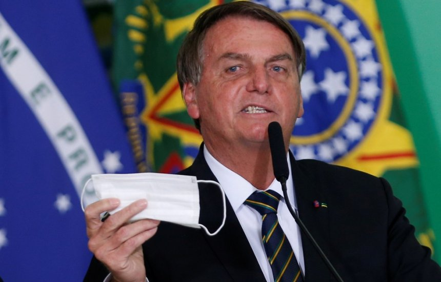 [Médicos criticam parecer de Bolsonaro contra máscara e defendem uso mesmo para vacinados]