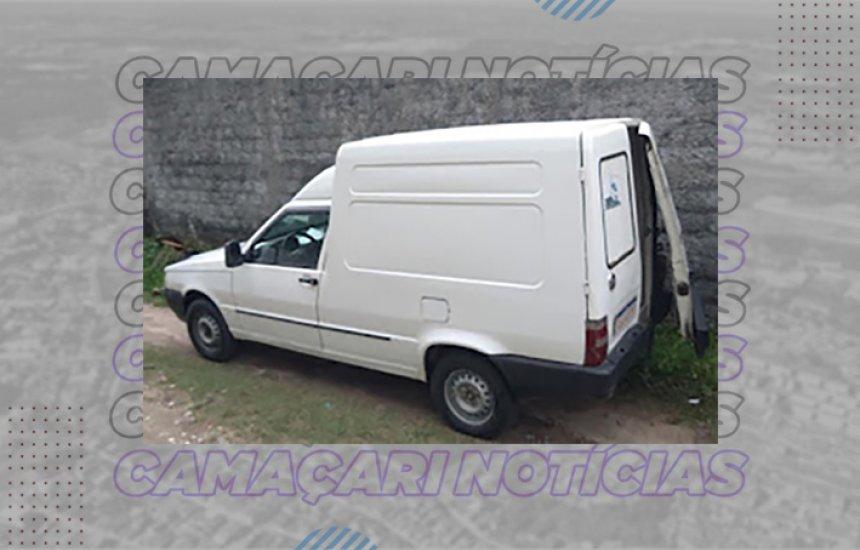 [Polícia recupera veículo roubado em Dias d'Ávila]