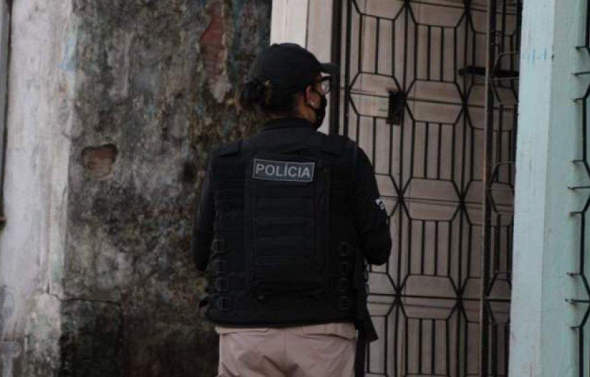 [Homem de 66 anos suspeito de abusar da afilhada de 12 anos é preso em Amargosa]